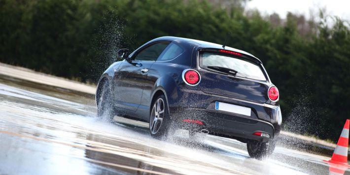 Test mejores neumáticos de verano para coches urbanos probados por el ADAC y el TCS